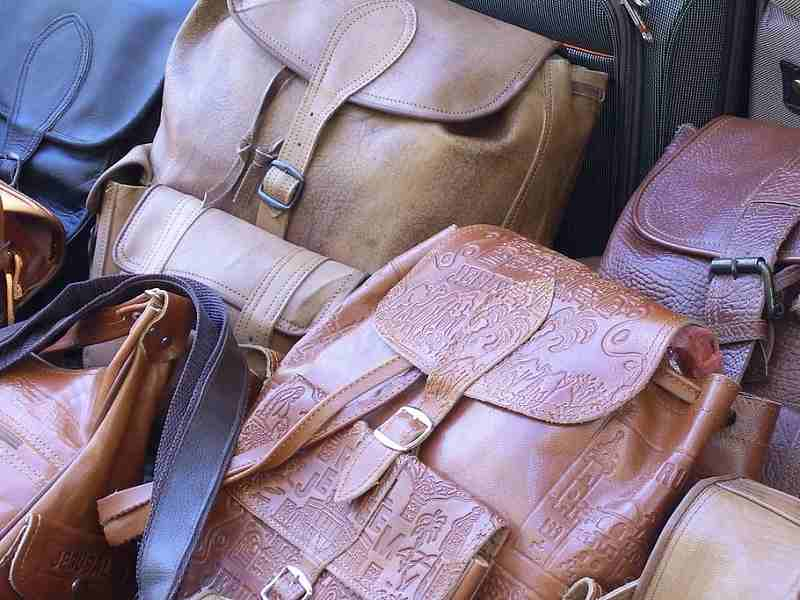 Best Leather Backpack For DSLR Camera – Should Not Miss buying